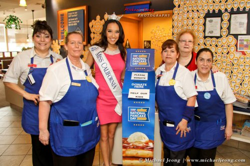 Miss California Crystal Lee with IHOP staff members.